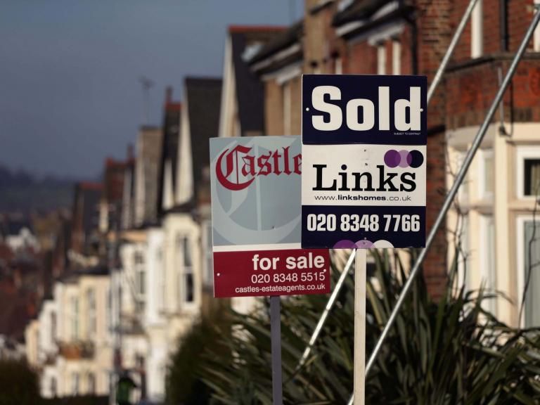 Mortgage payment holidays extended by three months, as concerns for household finances grow