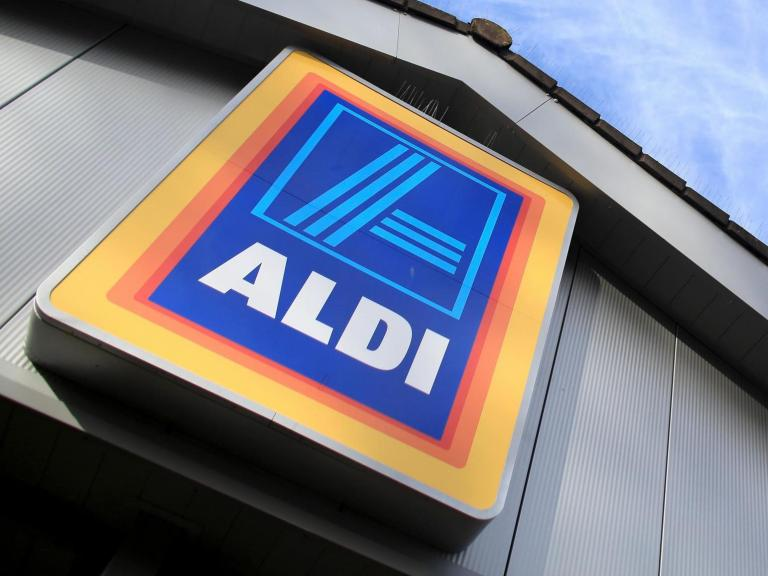 Thousands of Aldi workers to receive above minimum wage pay rise to up to £11.15 an hour