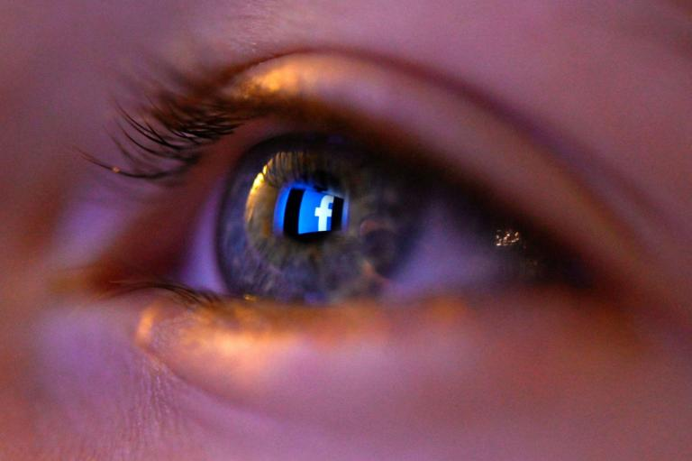 Facebook to hire 1,000 new UK staff as it tries to crack down on spam and abuse