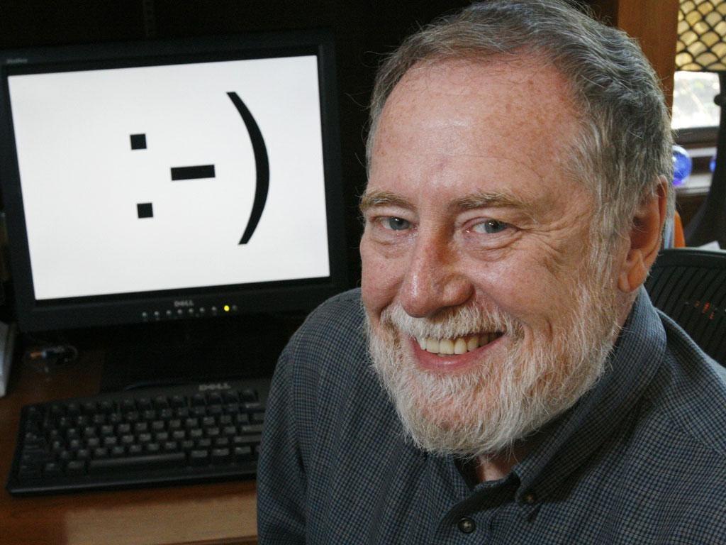 Professor Scott Fahlman, criador do primeiro emoticon - matéria do jornal INDEPENDENT