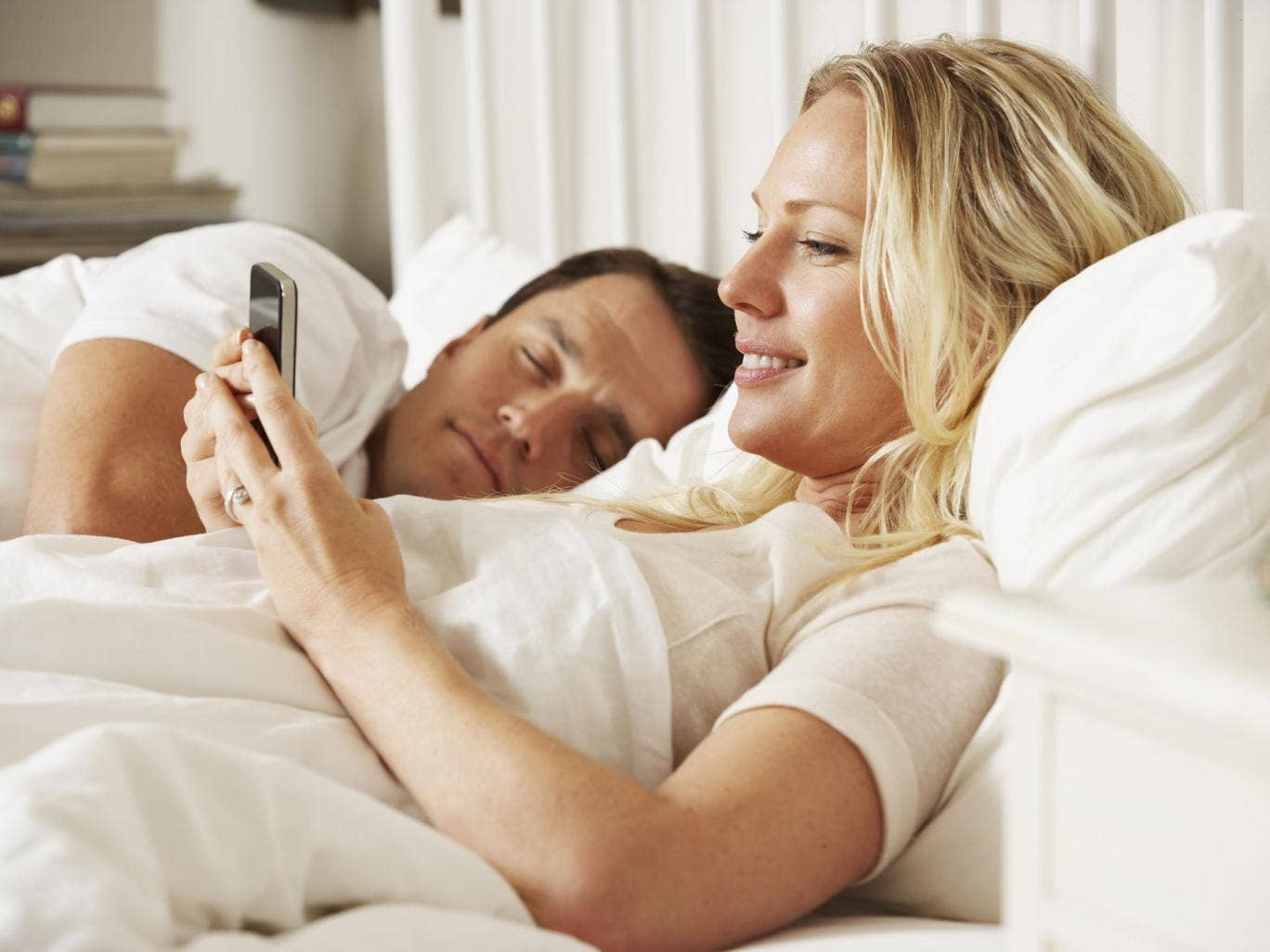 Girl having sex while on phone