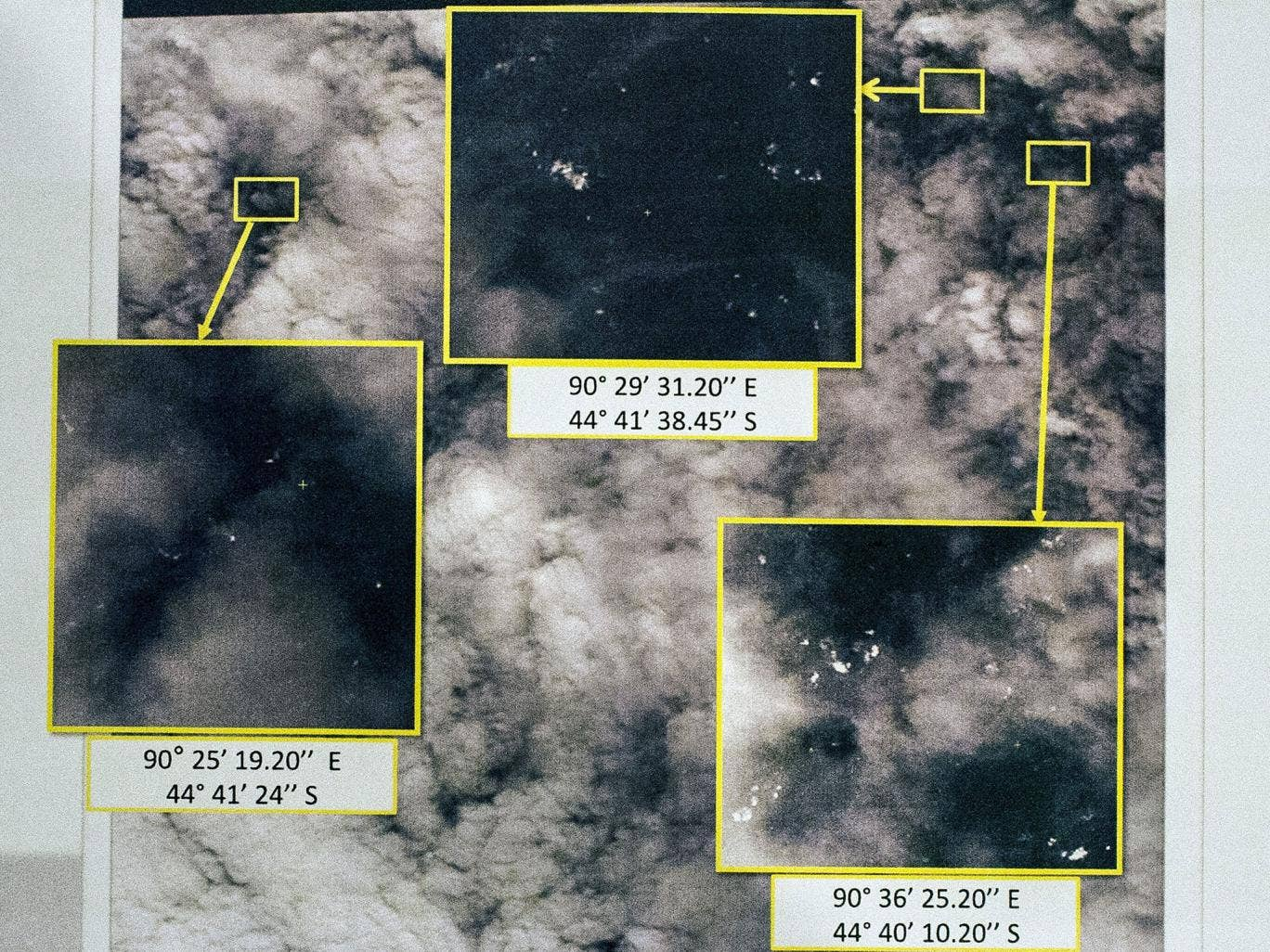 Missing Malaysia flight MH370: Satellite images show 122 ...