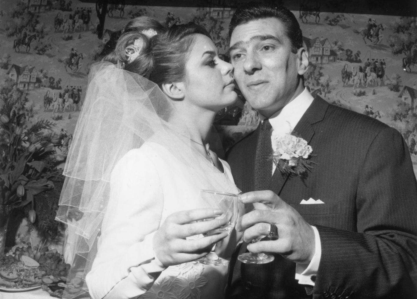 Barbara King Reggie Kray And Frances Shea On Their Wedding Day In 1965