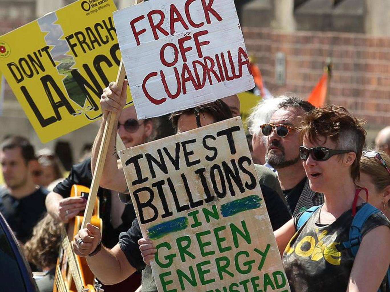 14-fracking-protest-afpget.jpg
