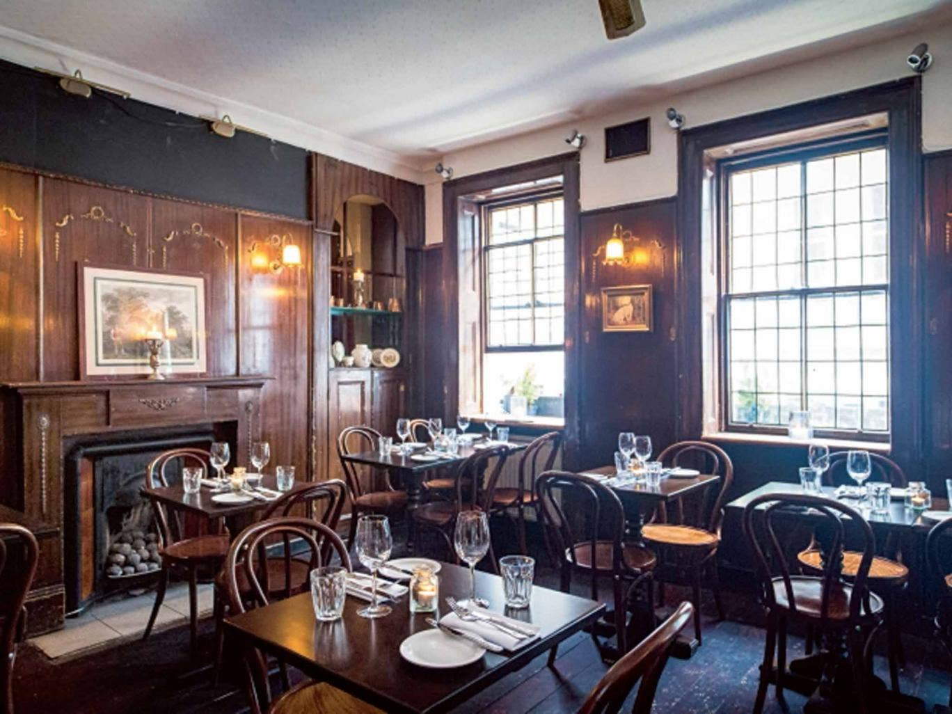 South Barrington Dining Room Project: The Cornwall Project Dining Room, Newman Arms, London: An
