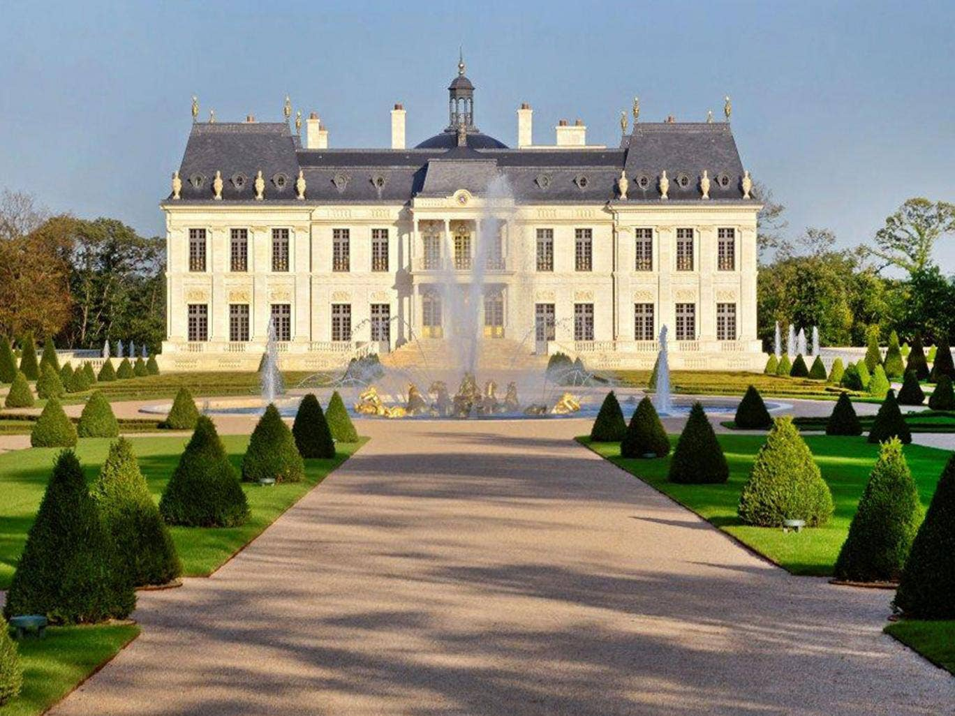 Grand Design Kitchens French Mansion Chateau Louis Xiv Becomes World S Most