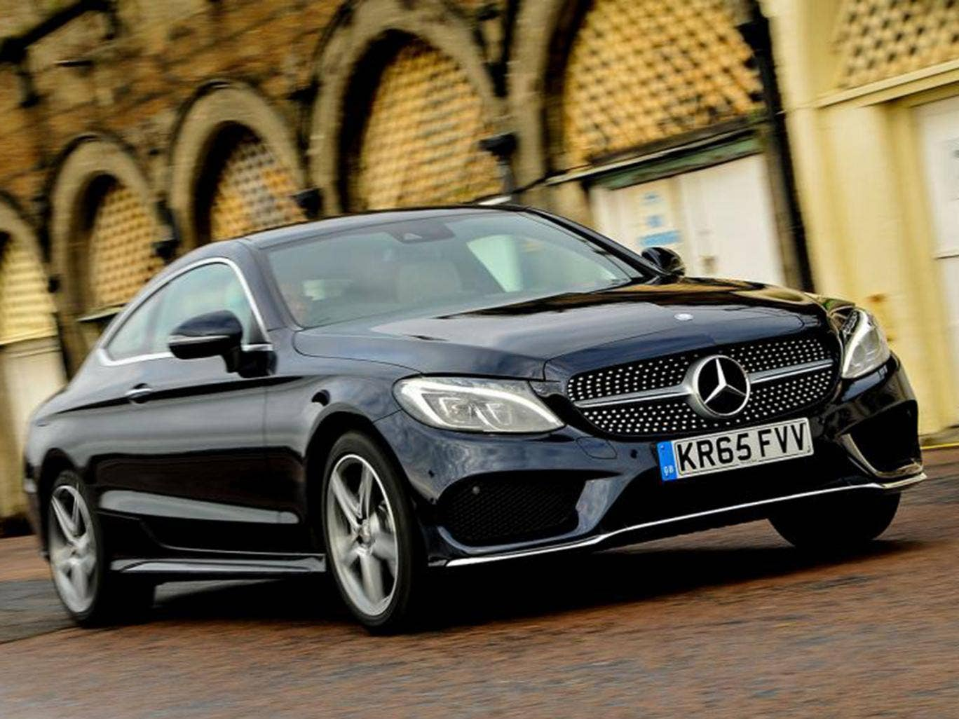 2016 mercedes c220d amg line coup car review a grand car for high days and holidays. Black Bedroom Furniture Sets. Home Design Ideas