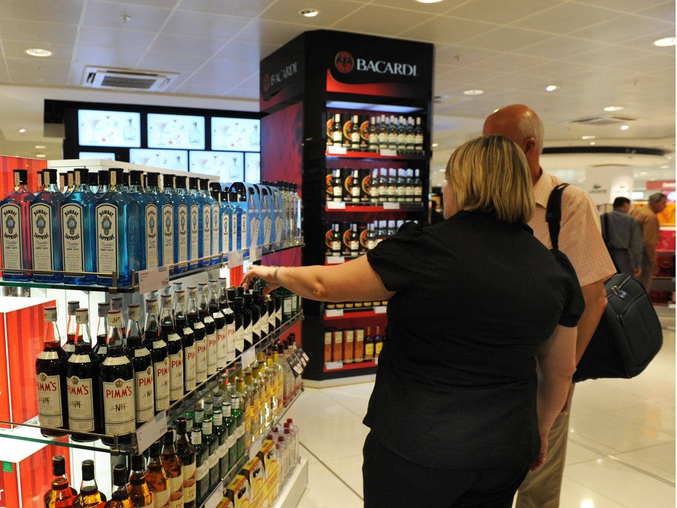 Airport Alcohol Rule Changes What You Need To Know About The New Still Diagram It Helps If Can Read Airports Facing Crackdown On How They Sell In Bid Reduce Incidents Of Drink Fuelled Air Rage