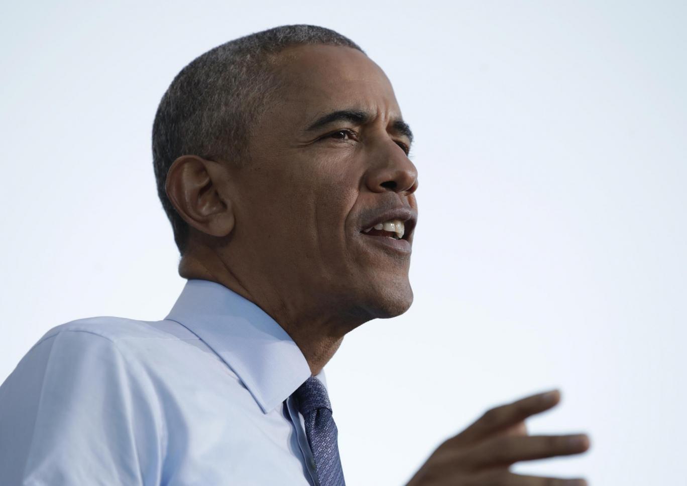 Barack Obama says marijuana should be treated like \'cigarettes or ...