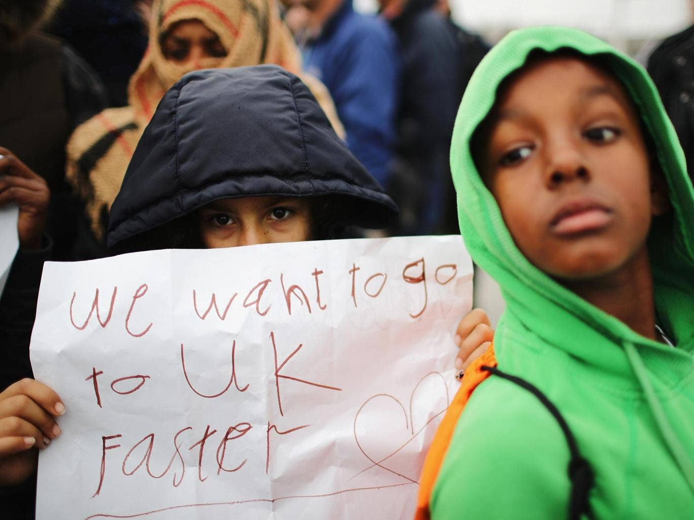 More than 100 child refugees missing in UK after being smuggled from Calais