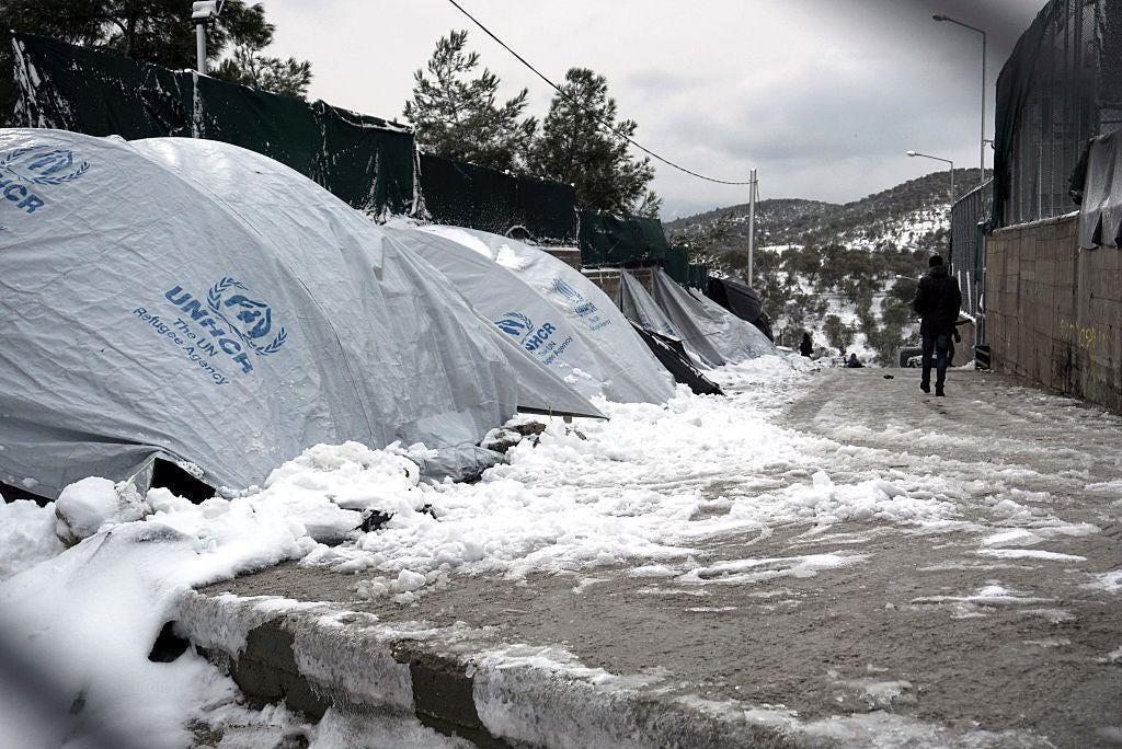 greece-refugees-winter.jpg