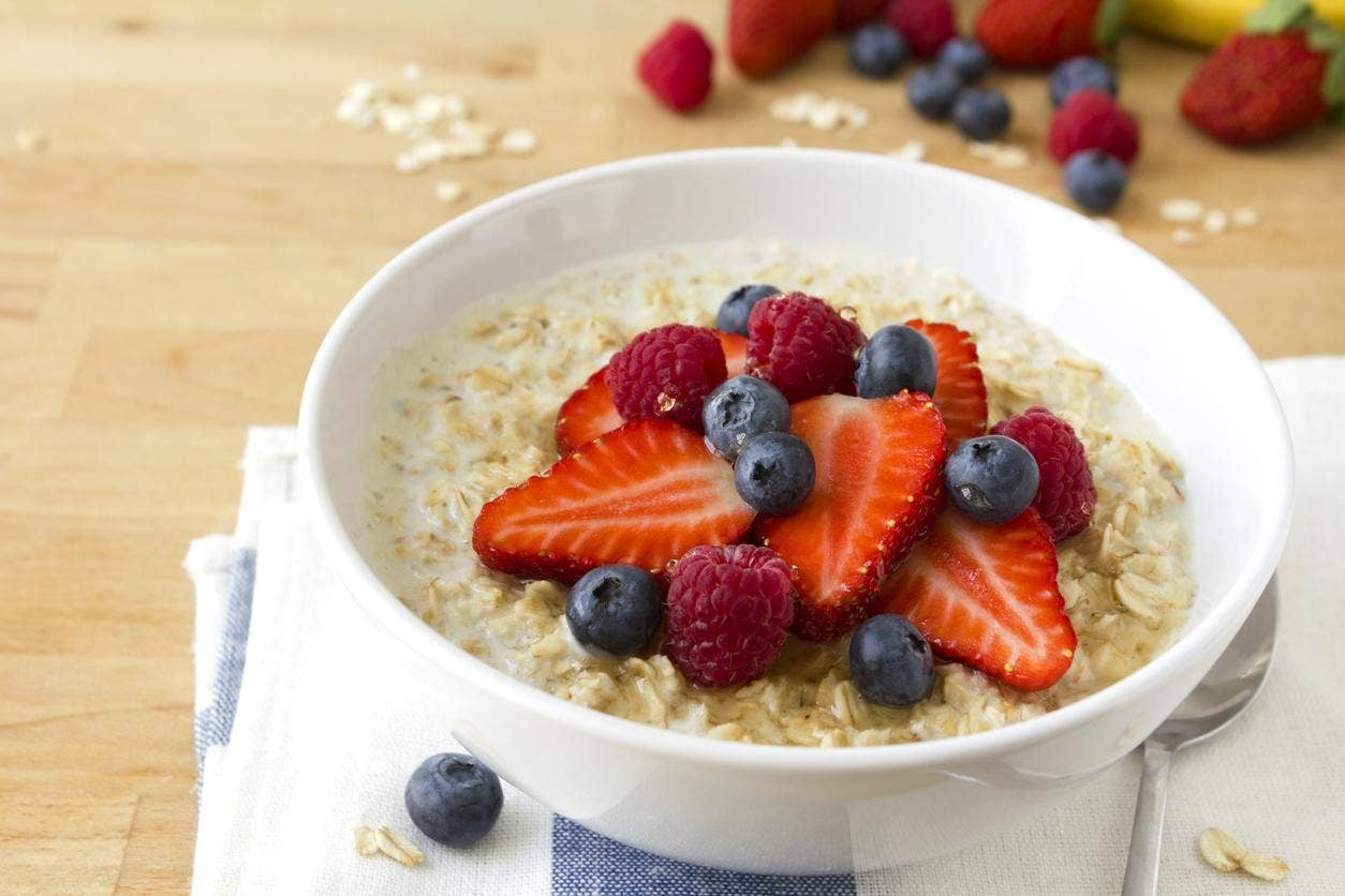 What are the needs of porridge for the first complementary meal