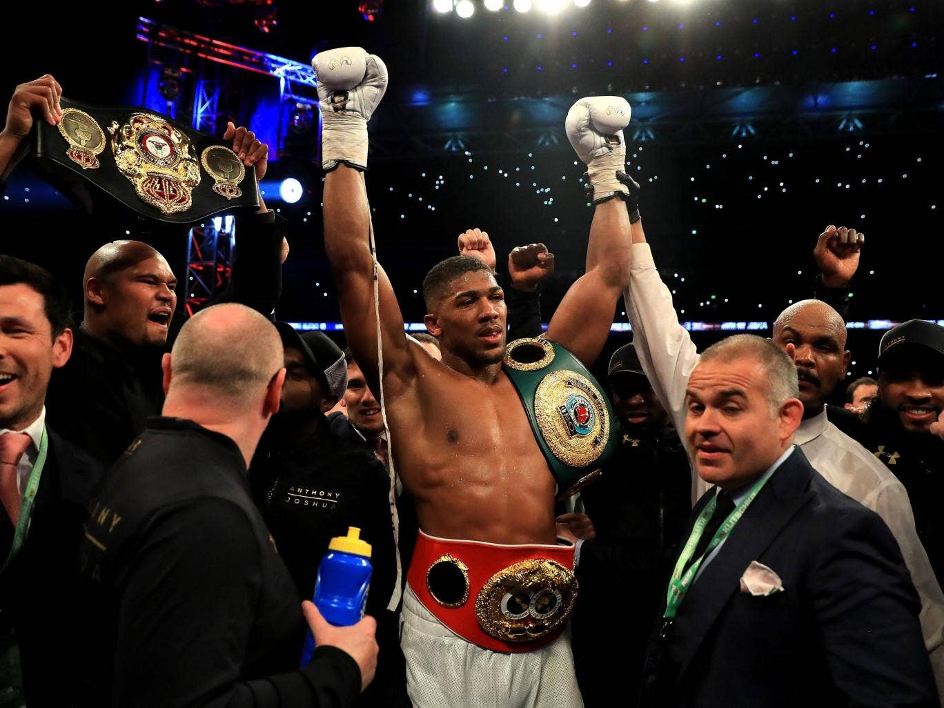 Anthony Joshua Wins fight with Wladimir Klitschko at Wembley