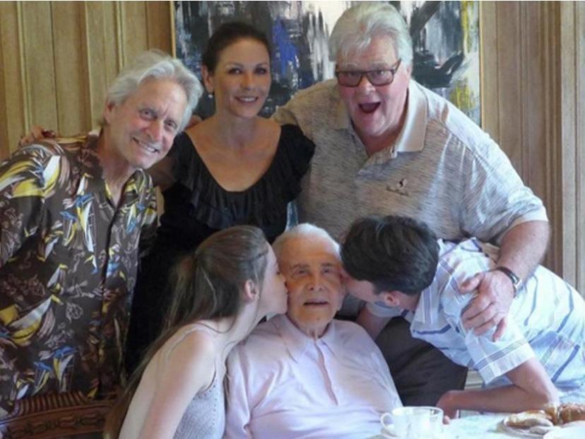 Kirk Douglas turns 101  Kirk-douglas-family