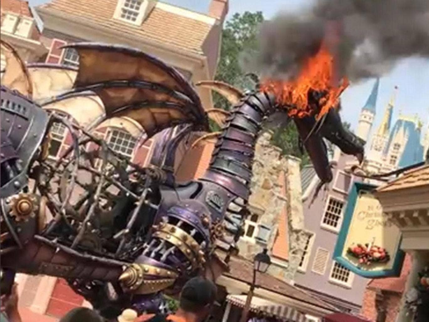 Teenager Who Started Massive Oregon Wildfire Ordered To Pay 37 Diagrams Dragon School Of Motoring Fire Breathing At Disney World Parade Bursts Into Flames