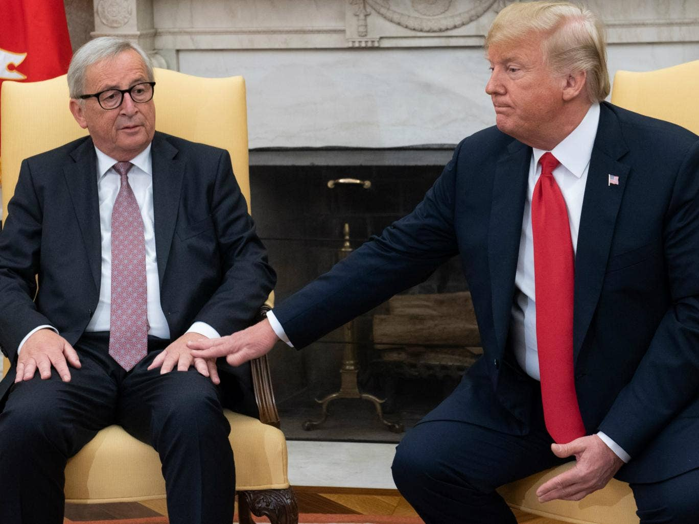 Juncker used 'brightly coloured, simple flashcards' to explain trade to Trump during meeting