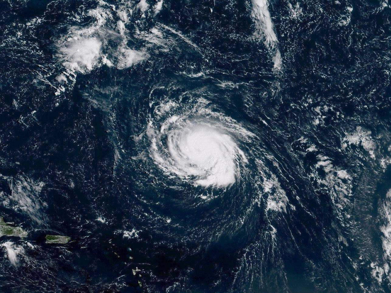 Discussion on this topic: Hawaii Set to Experience First Hurricanes in , hawaii-set-to-experience-first-hurricanes-in/