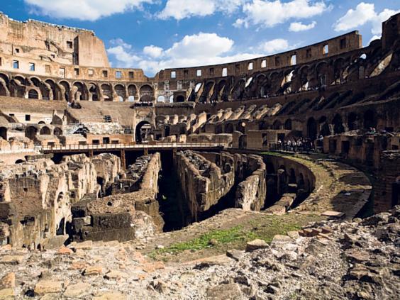Pg-27-Colosseum-2-rex.jpg