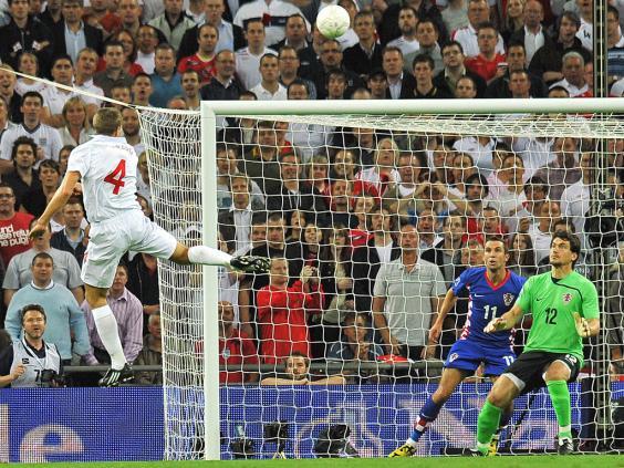 16--Gerrard-Eng-Croatia-5-1.jpg