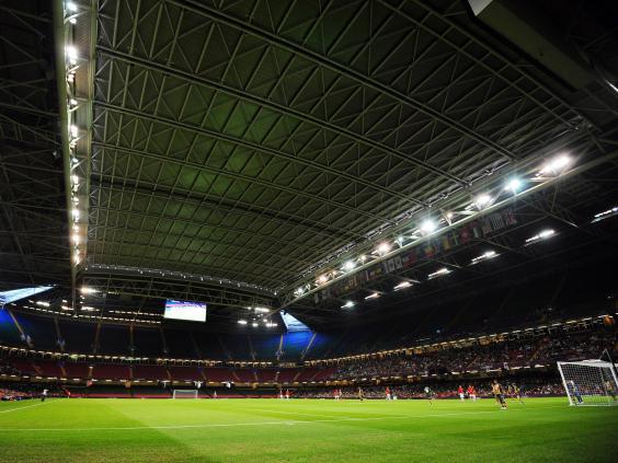 Millennium-Stadium-roof.jpg