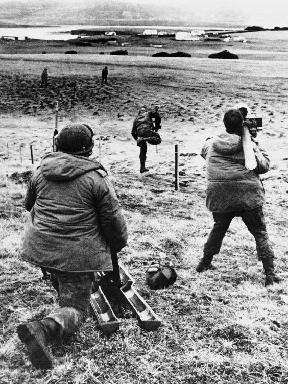 web-p.29.FalklandssoldiersA.jpg