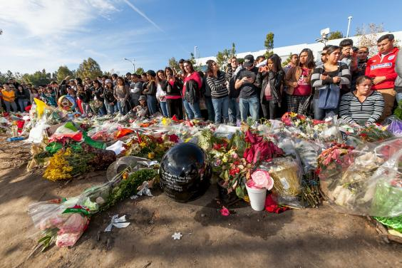 Paul-Walker-memorial-11_1.jpg