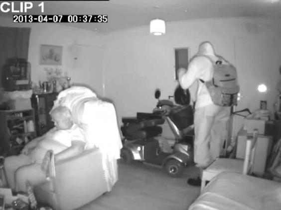 CCTV-burglar-crime2.jpg