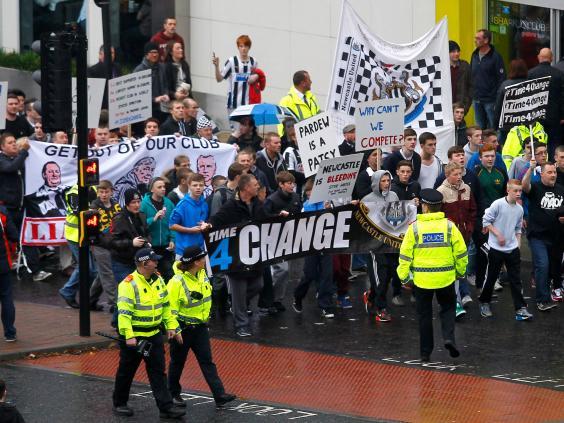 Newcastle-fans.jpg