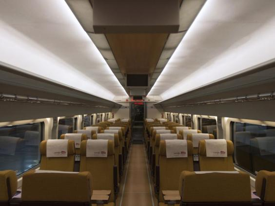 TRA8.TGVinside.afpgt.jpg