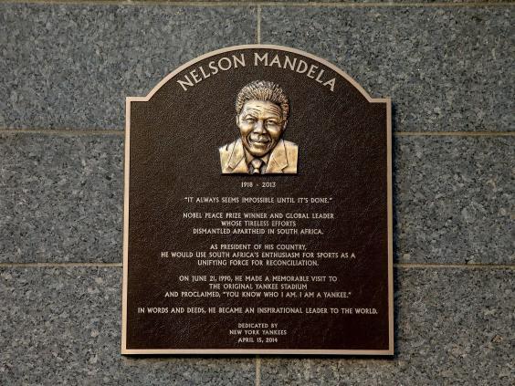 Nelson-Mandela-plaque.jpg