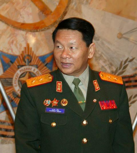 Laotian Defence minister.jpg
