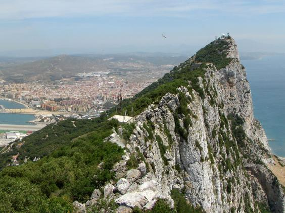 Scale-Gibraltar-via-a-backs.jpg