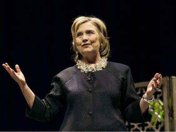 25-HillaryClintonRex.jpg