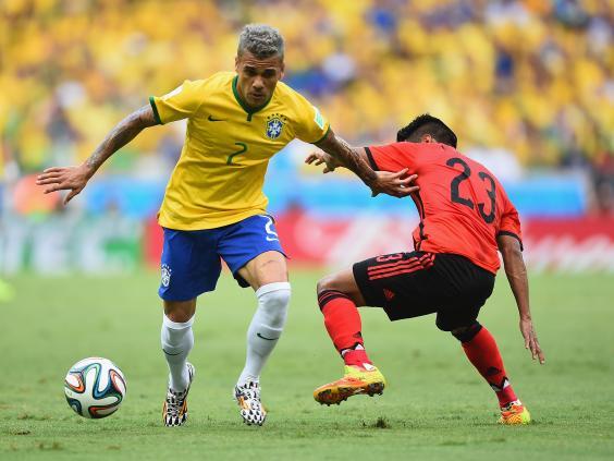 Dani-Alves.jpg