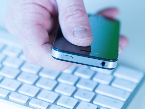 rexfeatures_internet-phone.jpg