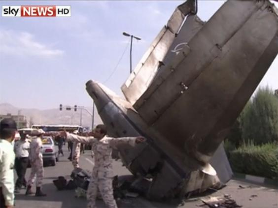 Iran-plane-crash.jpg