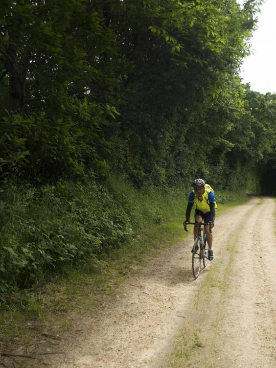 loir_cyclist_bloomfield.jpg