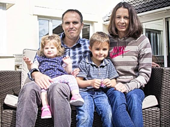 Jo-Pavey-family.jpg