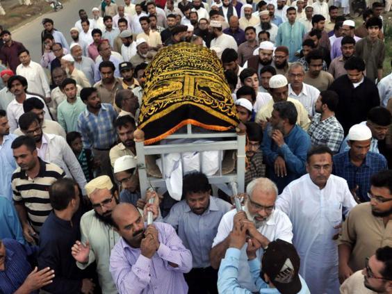 36-Karachi-EPA.jpg
