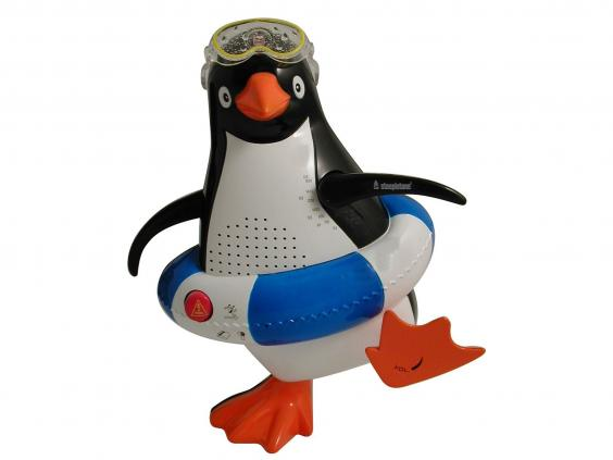 Steepletone Penguin Shower Radio