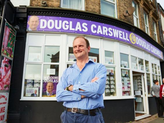 14-DouglasCarswell-MichaTheiner.jpg