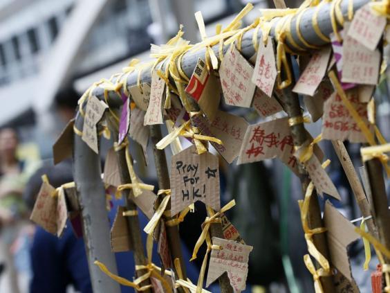Hong-Kong-yellow-ribbons.jpg