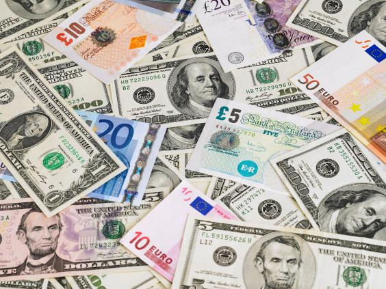 web-cash-RF-corbis.jpg