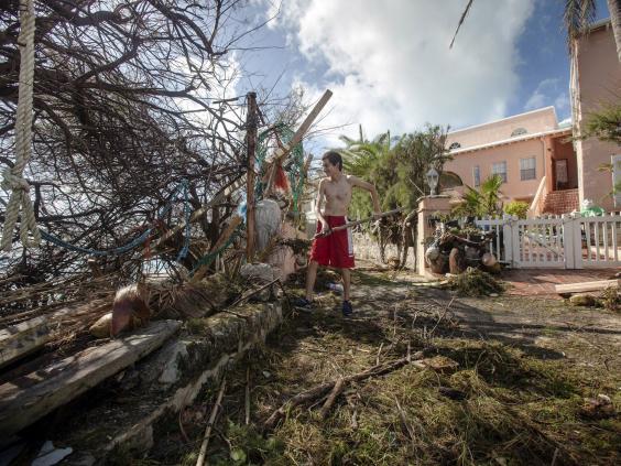 BermudaStefanoAusendalClearsDebris.jpg