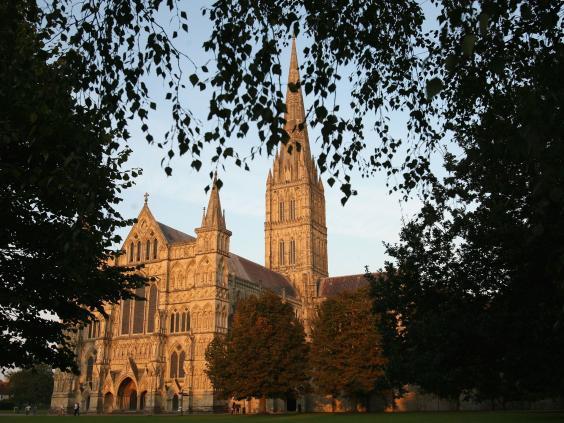 17-SalisburyCathedral1-Getty.jpg