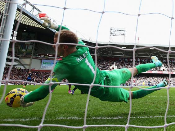 Joe-Hart-of-Manchester-City-fails-to-stop-the-header-by-Diafra-Sakho.jpg