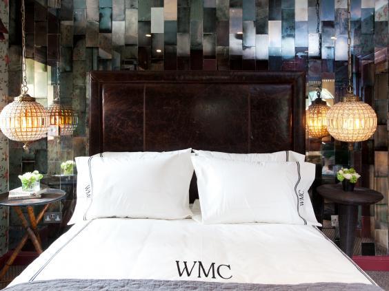 Water_Meadow_Cottage_bedroom.jpg