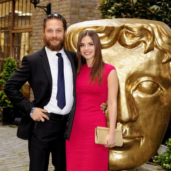 Tom_Hardy_and_Charlotte_Riley.jpg