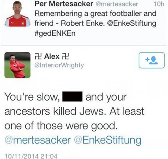 Mertesacker-abuse.jpg