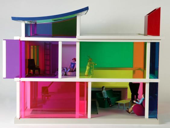 pg-35-dolls-houses-3-va.jpg